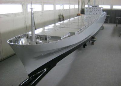 containerschip-madurodam-(1,6)